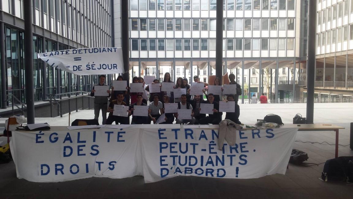 Les tudiants trangers se battent pour leurs droits l - Chambre pour etudiant etranger ...
